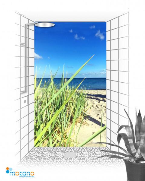Duschrückwand Blick über den Strand 120x210cm - Wohnbeispiel