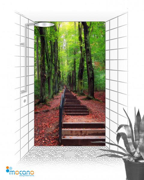 Aufgang im Wald - 120x210cm Duschrückwand - Wohnbeispiel