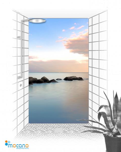 Stiller Morgen am Strand 120x210cm Duschrückwand - Wohnbeispiel